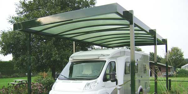 Carport voor een camper of caravan