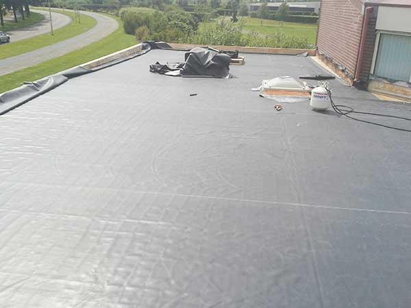 Kiezen tussen EPDM of Roofing