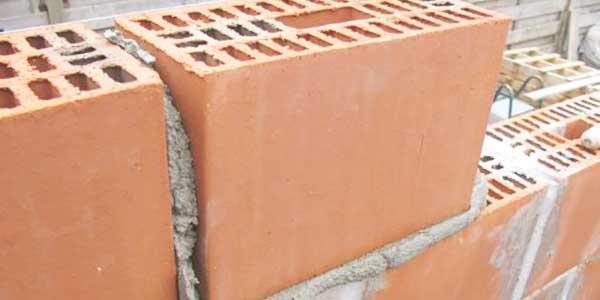 Snelbouw baksteen