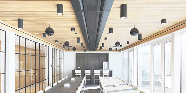 Houten plafond laten renoveren