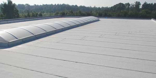 dakbedekking bitumen bij plat dak renovatie