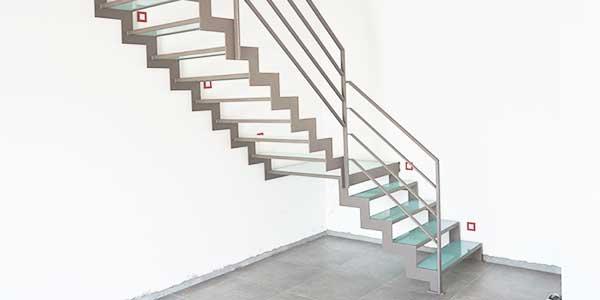 Trappen: voorbeeld van een metalen trap